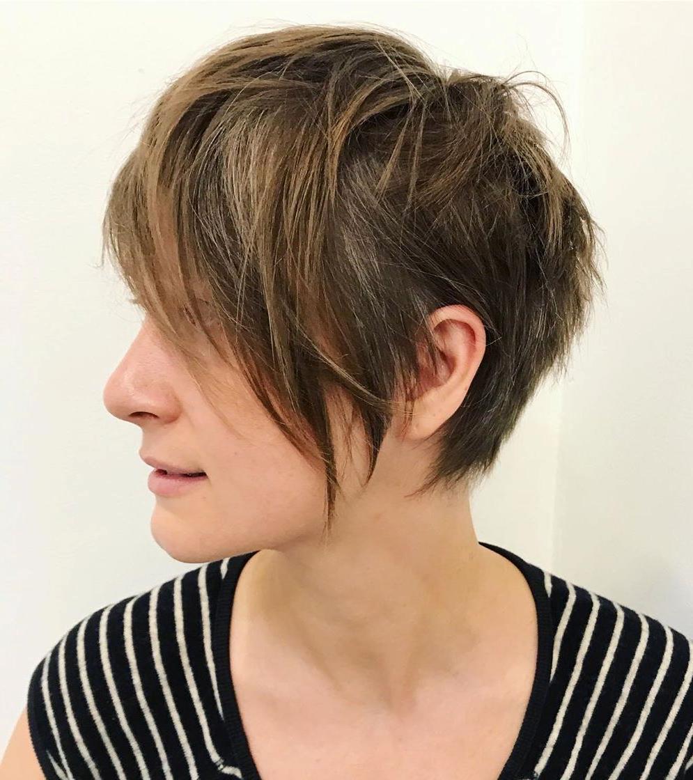 Taglio di capelli corto per capelli sottili