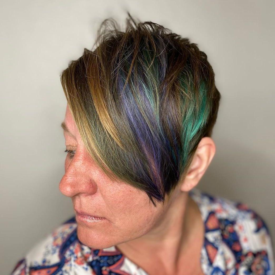 Pixie a strati con riflessi arcobaleno
