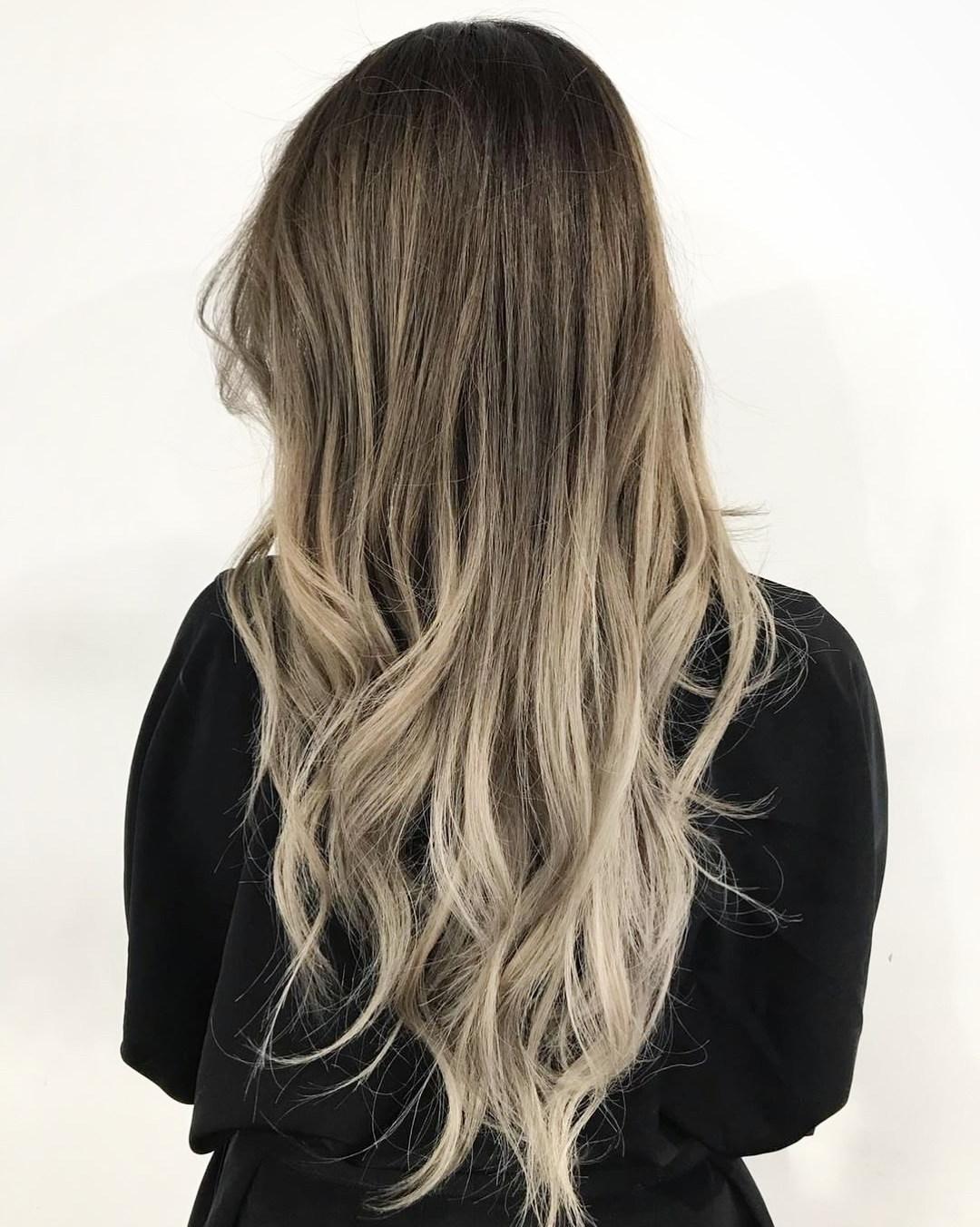 Top 50 tagli di capelli per capelli lunghi e sottili nel ...