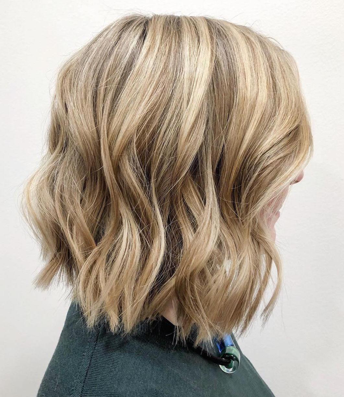 Migliori acconciature e tagli di capelli per donne over 50 ...